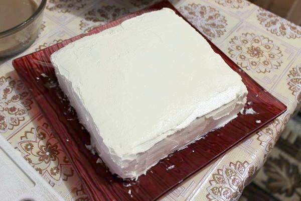 обмащуємо торт кремом