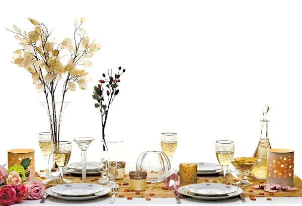 Сухі букети можуть стати елегантним доповненням до святкової сервіровці столу