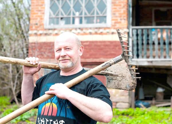 Фото - Лопата і ко: інструменти для обробки грунту