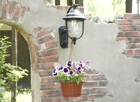 Ліхтар садовий настінний