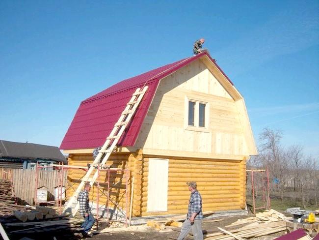 Зображення покрівельного покриття мансардного даху