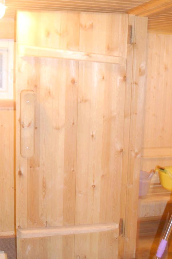 Фото - Вагонка в парилці і конструкція банної двері