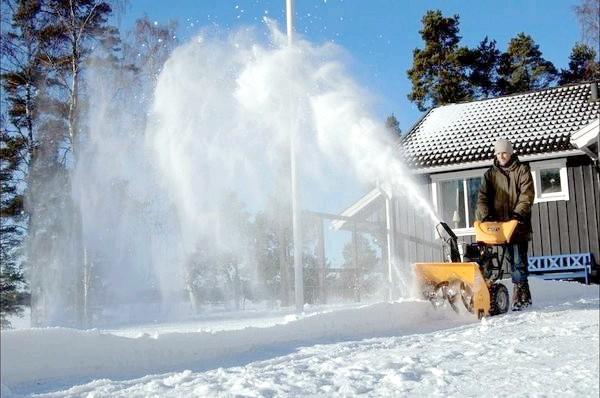 Фото - Вибираємо снегоуборщик