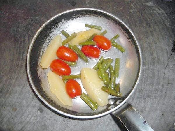 Овочі !!! Як багато застосувань ми знаходимо овочам! І я хочу поділитися з вами одним з найулюбленіших моїх страв з овочів !!!