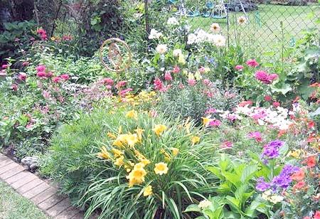 Фото - Наповнюємо сад ароматними квітами