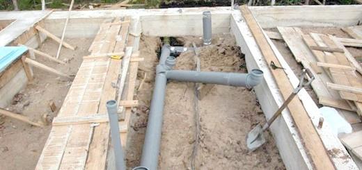 Укладання труб для каналізації лазні, kanalizaciyadoma.ru