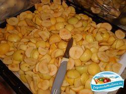 Як правильно сушити яблука та сливи на зиму
