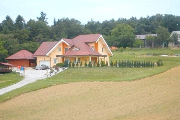 Фото - Приватний будинок в словенії
