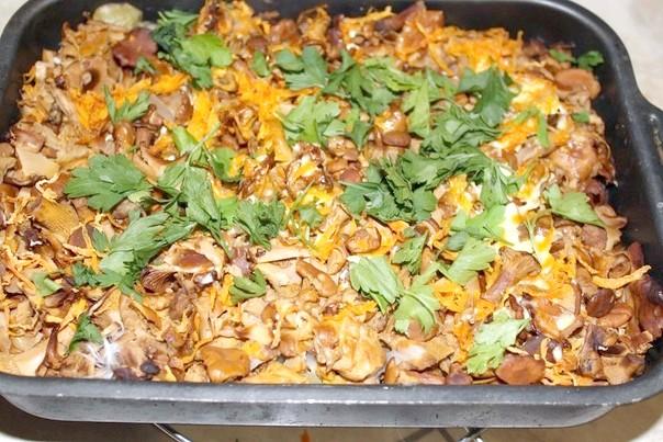 Сільське печеня з грибами