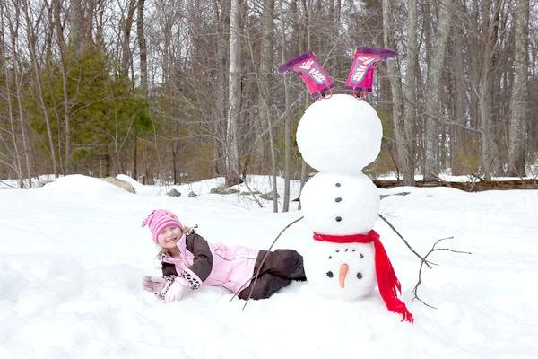 Фото - Ідеї   забавних сніговиків, або дачний відпочинок в хорошій компанії
