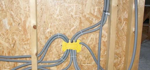 Укладання електропроводки в дерев'яному будинку, 5masterov.ru