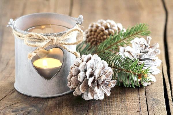 Фото - Від новорічного декору до баночки варення, або що можна зробити зі звичайних шишок